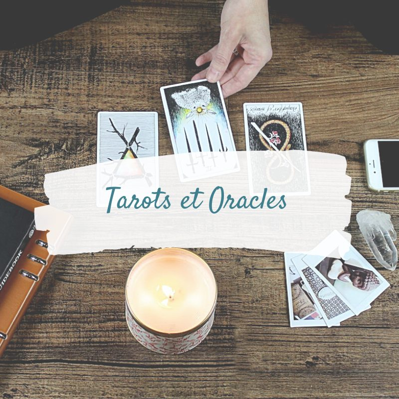 cartes oracles - cartes de tarots - divinatoire